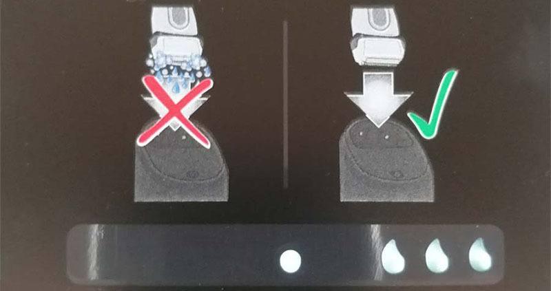 pegatina aviso uso estación limpieza braun serie 9