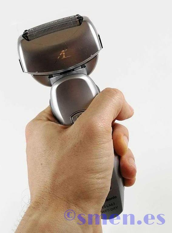 Agarre ergonomía Panasonics ES-LF51-S803
