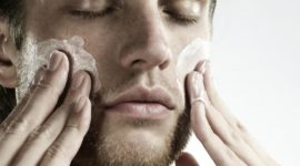 Guía de limpieza facial masculina